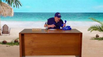 Corona Extra TV Spot, 'Corona Hotline: Romo Replacement' Featuring Guillermo Rodriguez - Thumbnail 8