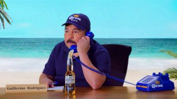 Corona Extra TV Spot, 'Corona Hotline: Romo Replacement' Featuring Guillermo Rodriguez - Thumbnail 3