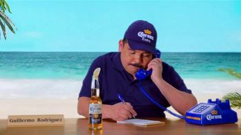 Corona Extra TV Spot, 'Corona Hotline: Romo Replacement' Featuring Guillermo Rodriguez - Thumbnail 6