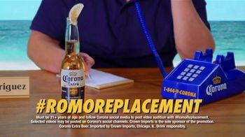 Corona Extra TV Spot, 'Corona Hotline: Romo Replacement' Featuring Guillermo Rodriguez - Thumbnail 7
