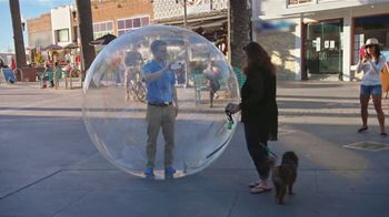 Honda TV Spot, 'Random Acts of Helpfulness: Honda Bubble' [T2] - Thumbnail 4