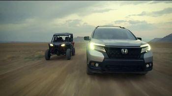 Honda TV Spot, 'Capaces de asombrar' canción de Vampire Weekend [Spanish] [T2] - Thumbnail 4