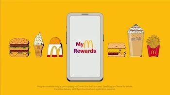 McDonald's My McDonald's Rewards TV Spot, 'Through the Seasons' Song by The Supremes - Thumbnail 9