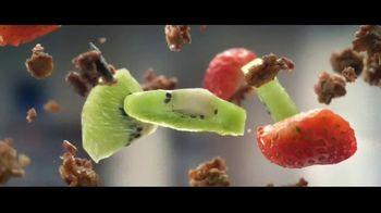 Fage Total Yogurt TV Spot, 'Strawberry Sunrise' - Thumbnail 4