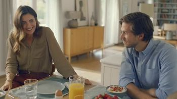 Fage Total Yogurt TV Spot, 'Strawberry Sunrise'