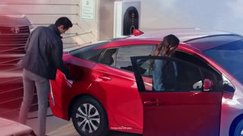 Toyota TV Spot, 'Presidents Day: Dear Wallet: Prius Prime' [T2] - Thumbnail 3
