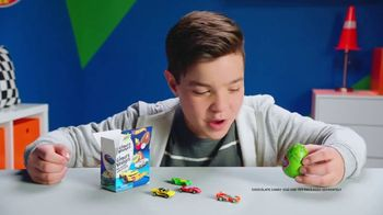 Finders Keepers Hot Wheels TV Spot, 'Revving It Up' - Thumbnail 3