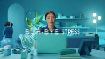 Olly Nutrition Goodbye Stress Gummies TV Spot, 'Calm the Chaos' - Thumbnail 7