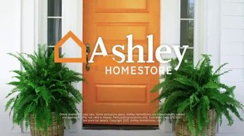 Ashley HomeStore Presidents Day Mattress Marathon TV Spot, 'King for the Price of a Queen' - Thumbnail 9