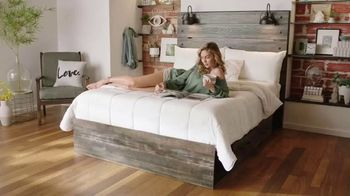 Ashley HomeStore Presidents Day Mattress Marathon TV Spot, 'King for the Price of a Queen' - Thumbnail 6