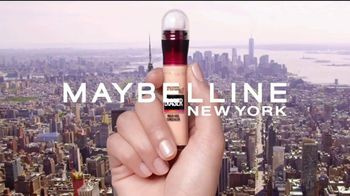 Maybelline New York Instant Age Rewind Eraser TV Spot, 'Lo hace todo' [Spanish] - Thumbnail 2