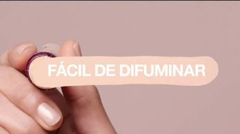 Maybelline New York Instant Age Rewind Eraser TV Spot, 'Lo hace todo' [Spanish] - Thumbnail 7
