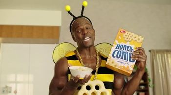 Honey-Comb TV Spot, 'Bee Big' Featuring Terry Crews - Thumbnail 5