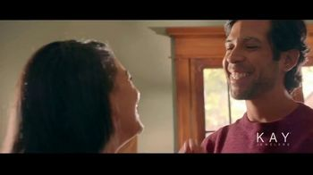 Kay Jewelers The Center of Me Collection TV Spot, 'Valentine's Day: This Year' Song by Eva Cassidy - Thumbnail 4