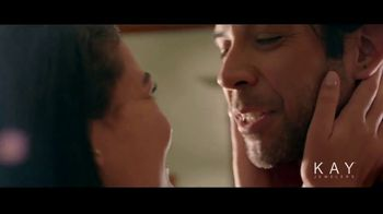 Kay Jewelers The Center of Me Collection TV Spot, 'Valentine's Day: This Year' Song by Eva Cassidy - Thumbnail 6