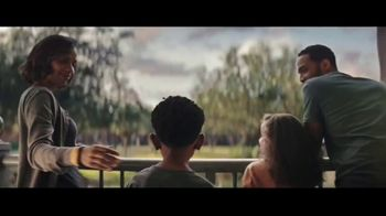 Disney World TV Spot, 'Stay in the Magic: Save 30%' - Thumbnail 6