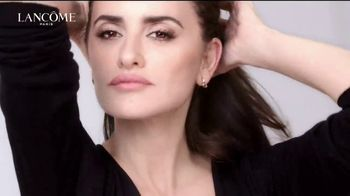 Lancôme Paris Rénergie Lift Multi-Action Ultra TV Spot, 'Descubrir' con Penelope Cruz [Spanish] - Thumbnail 4