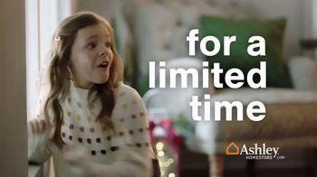 Ashley HomeStore TV Spot, 'Holidays: Limited Time: 40%' - Thumbnail 1