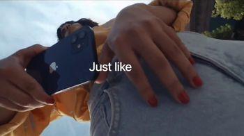 Apple iPhone 12 TV Spot, 'Meet iPhone 12' Song by Suzi Wu - Thumbnail 9