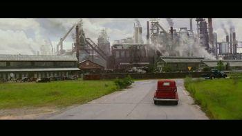Netflix TV Spot, 'Hillbilly Elegy' - Thumbnail 7