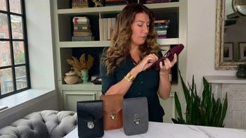 America's Steals & Deals TV Spot, 'Touchscreen Purse' Featuring Genevieve Gorder - Thumbnail 2