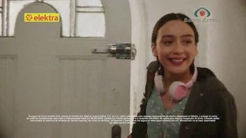 Banco Azteca TV Spot, 'Esta Navidad gana regalos en efectivo al enviar dinero' [Spanish] - Thumbnail 6