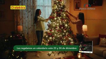 Banco Azteca TV Spot, 'Esta Navidad gana regalos en efectivo al enviar dinero' [Spanish]