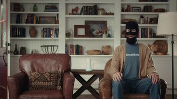 SimpliSafe TV Spot, 'At Home With Robbert: Protecting Is a Snap'