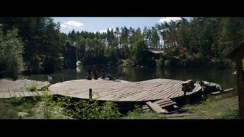 Jack Daniel's TV Spot, 'First Timers' canción de Make the Girl Dance [Spanish] - Thumbnail 3