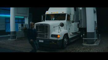 Jack Daniel's TV Spot, 'First Timers' canción de Make the Girl Dance [Spanish] - Thumbnail 4