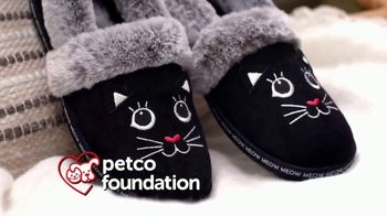 Bobs From SKECHERS TV Spot, 'PETCO Foundation: Thank You' - Thumbnail 6
