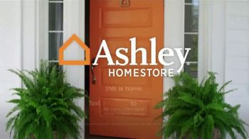Ashley HomeStore Fall in Love With Home Sale TV Spot, '20% Off and Four Years No Interest' - Thumbnail 7
