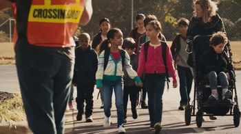 U.S. Census Bureau TV Spot, 'Everyone Counts' - Thumbnail 6