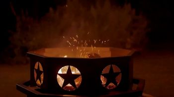 Tractor Supply Co. TV Spot, 'Add a Little Warmth' - Thumbnail 8