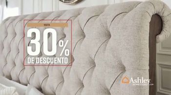 Ashley HomeStore Fall in Love With Home Sale TV Spot, '30% de descuento' [Spanish] - Thumbnail 6