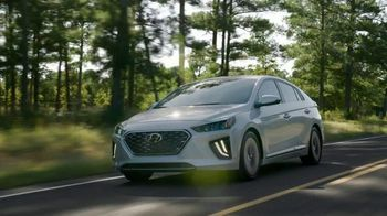Hyundai Holidays Sales Event TV Spot, 'Meet the Family' [T2] - Thumbnail 1