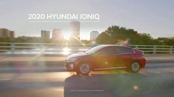 Hyundai Holidays Sales Event TV Spot, 'Meet the Family' [T2] - Thumbnail 2
