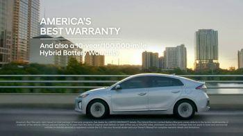 Hyundai Holidays Sales Event TV Spot, 'Meet the Family' [T2] - Thumbnail 7
