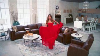 Rooms to Go La Venta de Año Nuevo TV Spot, 'Este momento' con Sofía Vergara, canción de Pitbull [Spanish]
