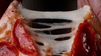 Papa John's Epic Stuffed Crust Pizza TV Spot, 'Stage' - Thumbnail 5