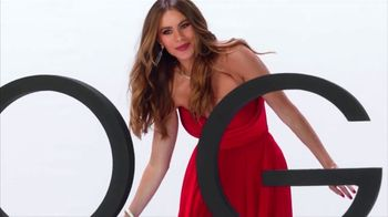 Rooms to Go New Year's Sale TV Spot, 'Start the New Year in Style' Song by Pitbull, Ft. Cindy Crawford, Sofia Vergara - Thumbnail 10