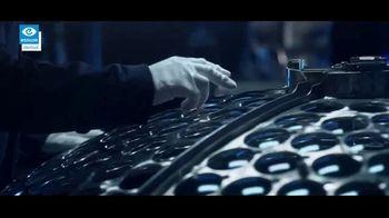 Essilor Varilux Progressive Lenses TV Spot, 'See No Limits' - Thumbnail 6