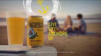 Cerveza Pacifico TV Spot, 'Paths' - Thumbnail 7