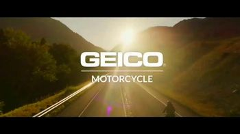 GEICO Motorcycle TV Spot, 'Daydream Ballad' Song by The Foundations - Thumbnail 10