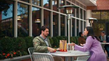 McDonald's 2 for $6 TV Spot, 'Una fácil muestra de cariño' [Spanish] - Thumbnail 1