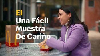 McDonald's 2 for $6 TV Spot, 'Una fácil muestra de cariño' [Spanish] - Thumbnail 3
