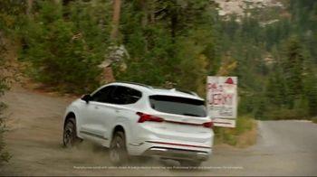 2021 Hyundai Santa Fe TV Spot, 'Beef Jerky' Song by Jerry Reed [T1] - Thumbnail 3
