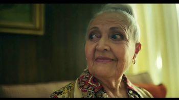 TurboTax Live TV Spot, 'Tu abuela puede contestar eso' [Spanish] - Thumbnail 7