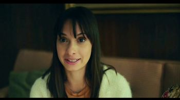 TurboTax Live TV Spot, 'Tu abuela puede contestar eso' [Spanish] - Thumbnail 8