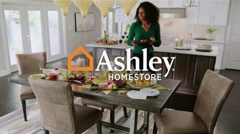 Ashley HomeStore New Years Clearance Sale TV Spot, '0% Interest + Payment Assistance and 40% Off' - Thumbnail 1